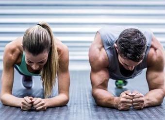 Бурпи: упражнение, которое сжигает калории лучше бега (видео)