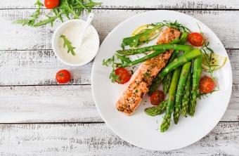 Едим и худеем: 7 продуктов, сжигающих жиры и регулирующих обмен веществ