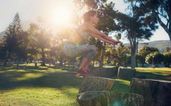 Уличные тренировки: 9 упражнений, которые помогут прокачать свое тело по полной без спортзала